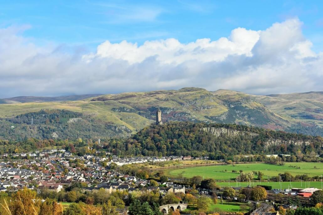 Stirling en uitzicht over de stad en het William Wallace monument